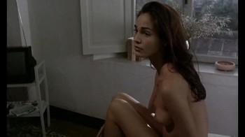 Naked Celebrities  - Scenes from Cinema - Mix - Page 2 Ebpse8u1z3m9