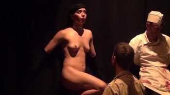 Celebrity Content - Naked On Stage - Page 3 Bor1y1tkdpez