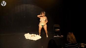 Naked  Performance Art - Full Original Collections J9eb9x25ryk5