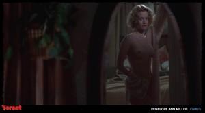 Penelope Ann Miller in Carlito's Way (1993) 1b59mxw6n4mn