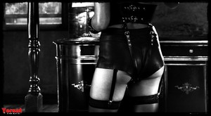 Rosario Dawson in Sin City A Dame to Kill For (2014) 9bj2nic0xkr7