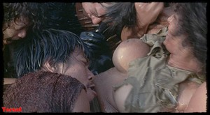 Women in Cages (1971) Pqbypc2jrmd6
