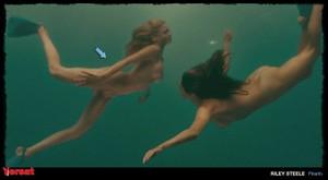 Elisabeth Shue in Piranha 3D (2010) Qtffp6uchznu