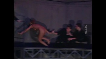 Celebrity Content - Naked On Stage - Page 5 Pbvm2o4lb6t3