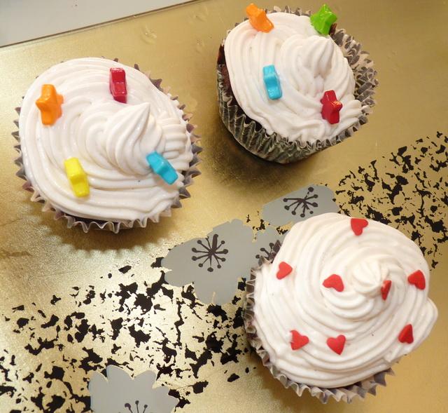 Cupcakes : recettes et décors simples - Page 5 P1110482-3098c9b