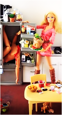 Dingues de séries télé - Page 2 Barbie-dexter-3284d7d