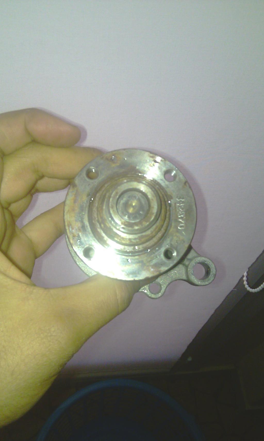 [ BMW E36 316i compact an 1995 ] Durite radiateur habitacle cassée de l'embout rouge - Page 2 Imag0074-2a2606e