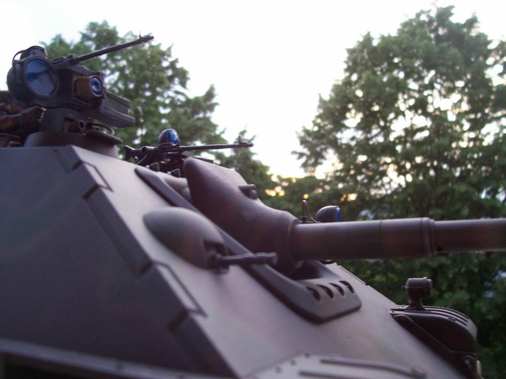 mars 1945:nacht panzerjäger V jagdpanther!!!(1/16eme) - Page 3 100_5163-349fb1e