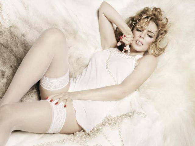 Kylie photos > candids, shoots, eventos... - Página 20 190355082590111f6d8aee374bd4cffd9a279d9f