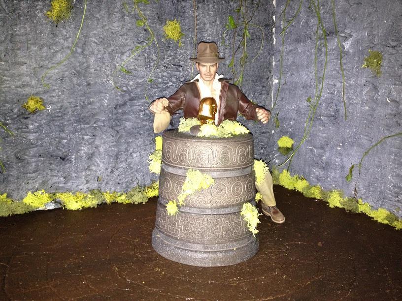 Diorama Indiana Jones Hot Toys ( Terminé ) Img_0359-36ac141