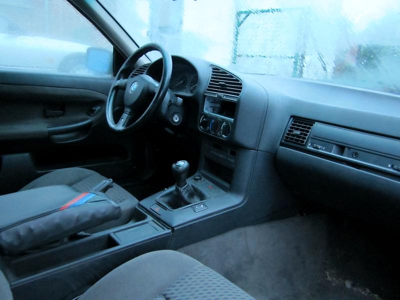 Achat d'un petit E36 coupé 318is Img_1394-3a2ca88