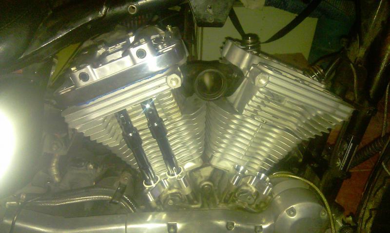 [MOT] Haut moteur BUELL XB sur Sportster 883 1998 Imag0718-36b1341