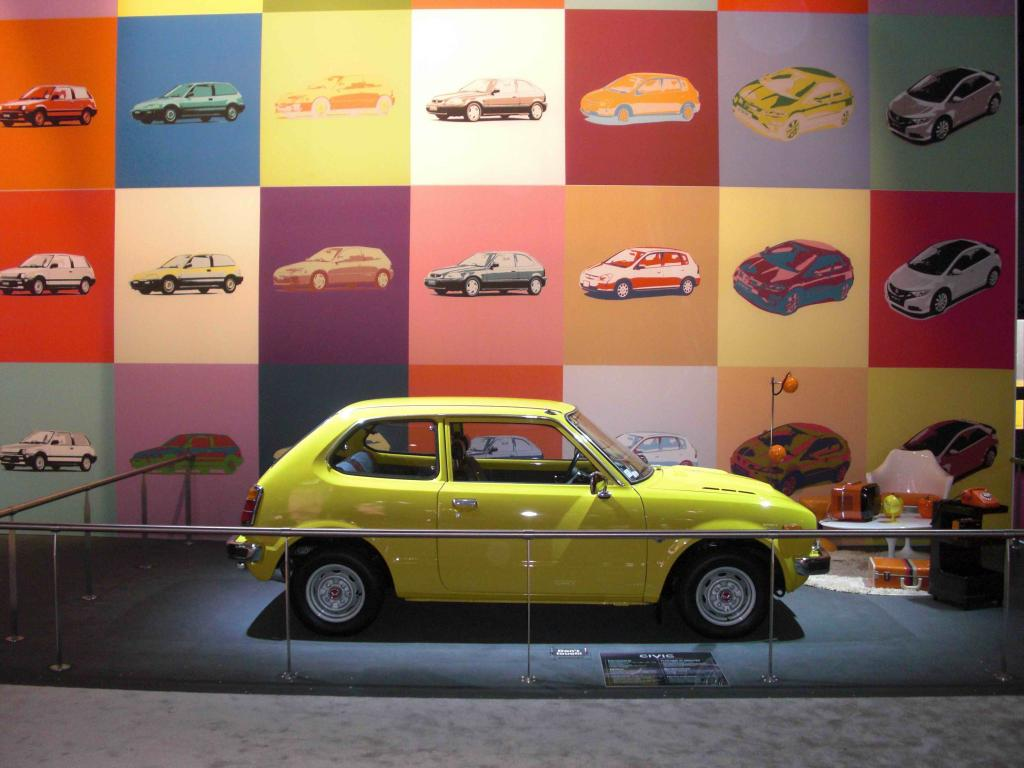 Pour les 40 ans de la Civic et mondial de l'automobile 2012 Cimg8335-38620fb