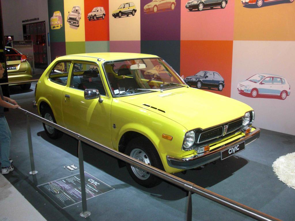 Pour les 40 ans de la Civic et mondial de l'automobile 2012 Cimg8209-3862098