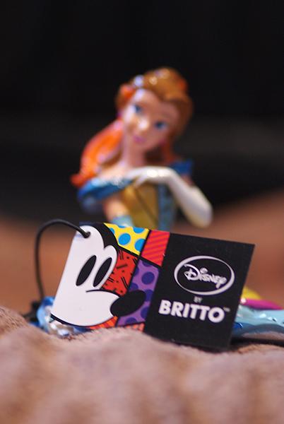 Disney by Britto - Enesco (depuis 2010) - Page 3 Dsc04306-3b98118