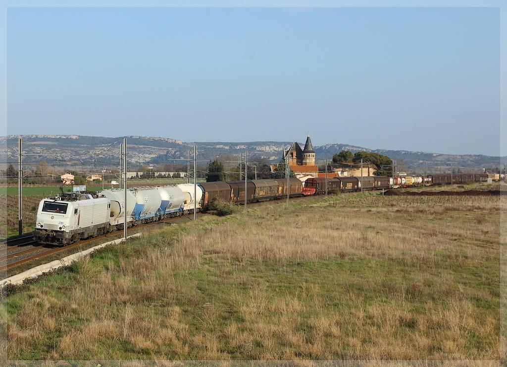 Photos et vidéos de la ligne Bordeaux - Toulouse - Narbonne - Sète (2007-2013) - Page 37 Img_9144-3cf779c