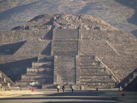 Why was there liquid mercury under the Pyramid Of The Moon? Avenue-of-the-dead-leading-to-the-pyramid-of-the-moon-archaeological-zone-of-teotihuacan-mexico