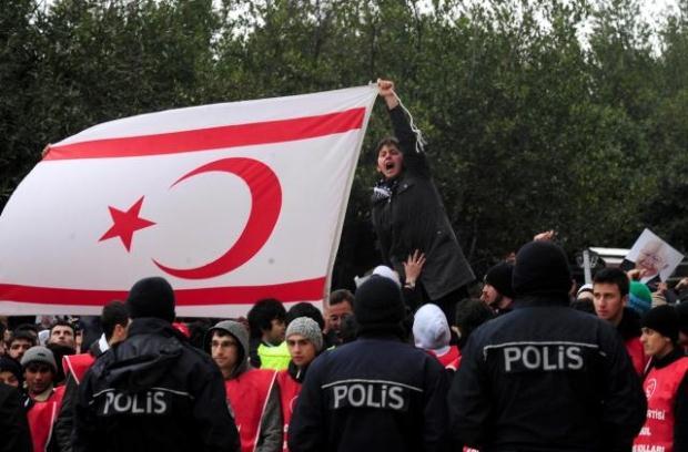 TURQUIE : Economie, politique, diplomatie... - Page 2 LiveImages%5CFoto%20Haber%5C922%5CErbakan%20i%C3%A7in%20Fatih%20Camii%27nde%20t%C3%B6ren%5CA01113142