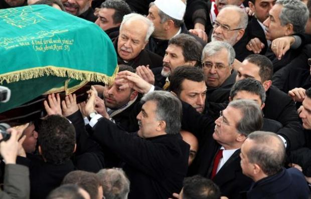 TURQUIE : Economie, politique, diplomatie... - Page 2 LiveImages%5CFoto%20Haber%5C922%5CErbakan%20i%C3%A7in%20Fatih%20Camii%27nde%20t%C3%B6ren%5CA01141135