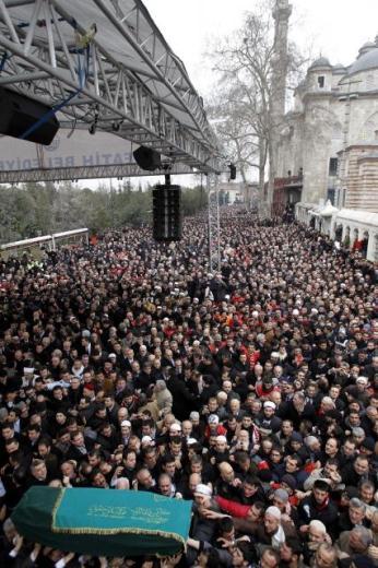 TURQUIE : Economie, politique, diplomatie... - Page 2 LiveImages%5CFoto%20Haber%5C922%5CErbakan%20i%C3%A7in%20Fatih%20Camii%27nde%20t%C3%B6ren%5CA01141546
