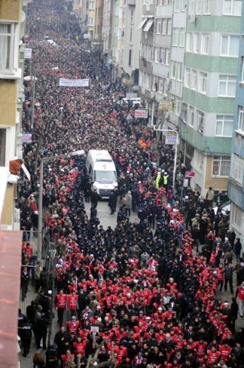 TURQUIE : Economie, politique, diplomatie... - Page 2 LiveImages%5CFoto%20Haber%5C922%5CErbakan%20i%C3%A7in%20Fatih%20Camii%27nde%20t%C3%B6ren%5CA01151202