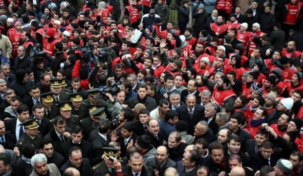 TURQUIE : Economie, politique, diplomatie... - Page 2 LiveImages%5CFoto%20Haber%5C922%5CErbakan%20i%C3%A7in%20Fatih%20Camii%27nde%20t%C3%B6ren%5CA01152149