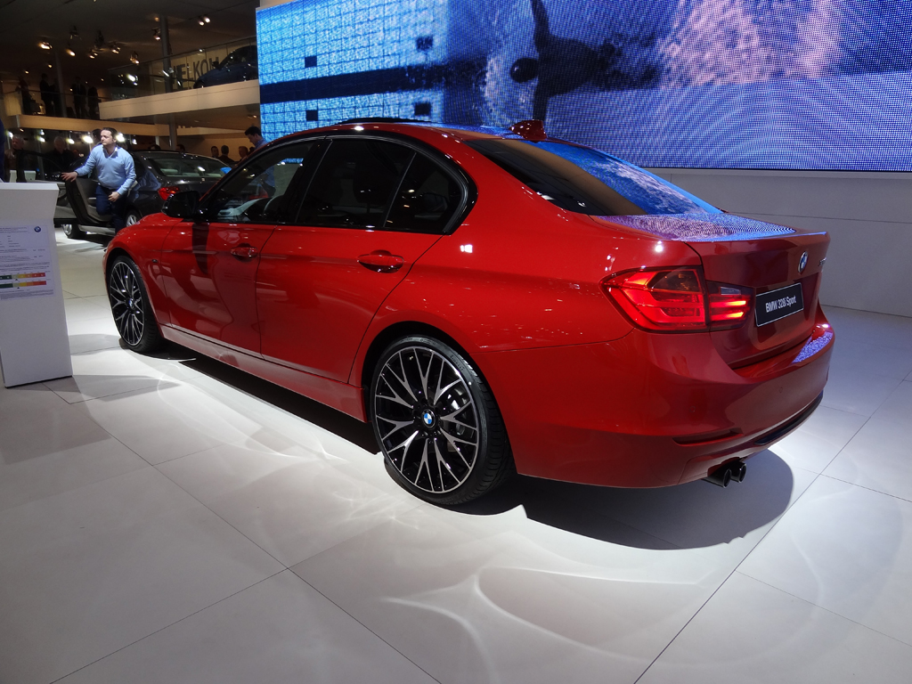 2011 - [BMW] Série 3 [F30/1] - Page 3 112358.33304