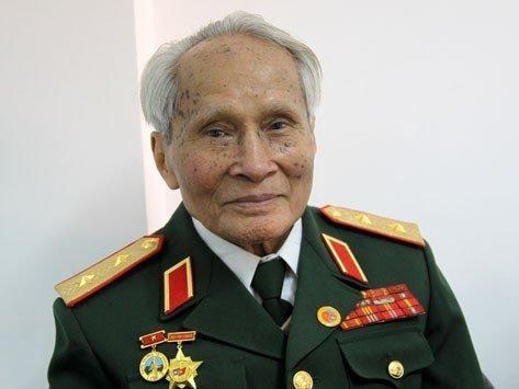 Tướng Thước kiến nghị Thủ tướng về Tiên Lãng giám sát công việc 20120220155844_jgjgjg