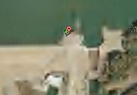Những địa điểm không thể nhìn thấy trên Google Maps 20120322172518_q4