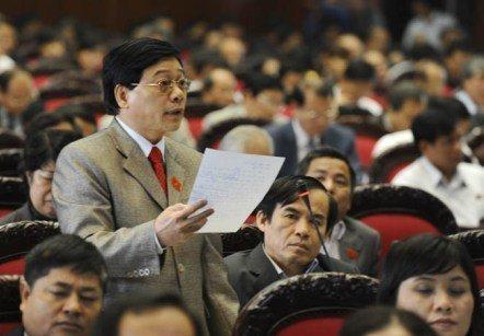 Đề xuất đưa tuyên bố chủ quyền vào Hiến pháp 20121116155123_langocthoang16112012