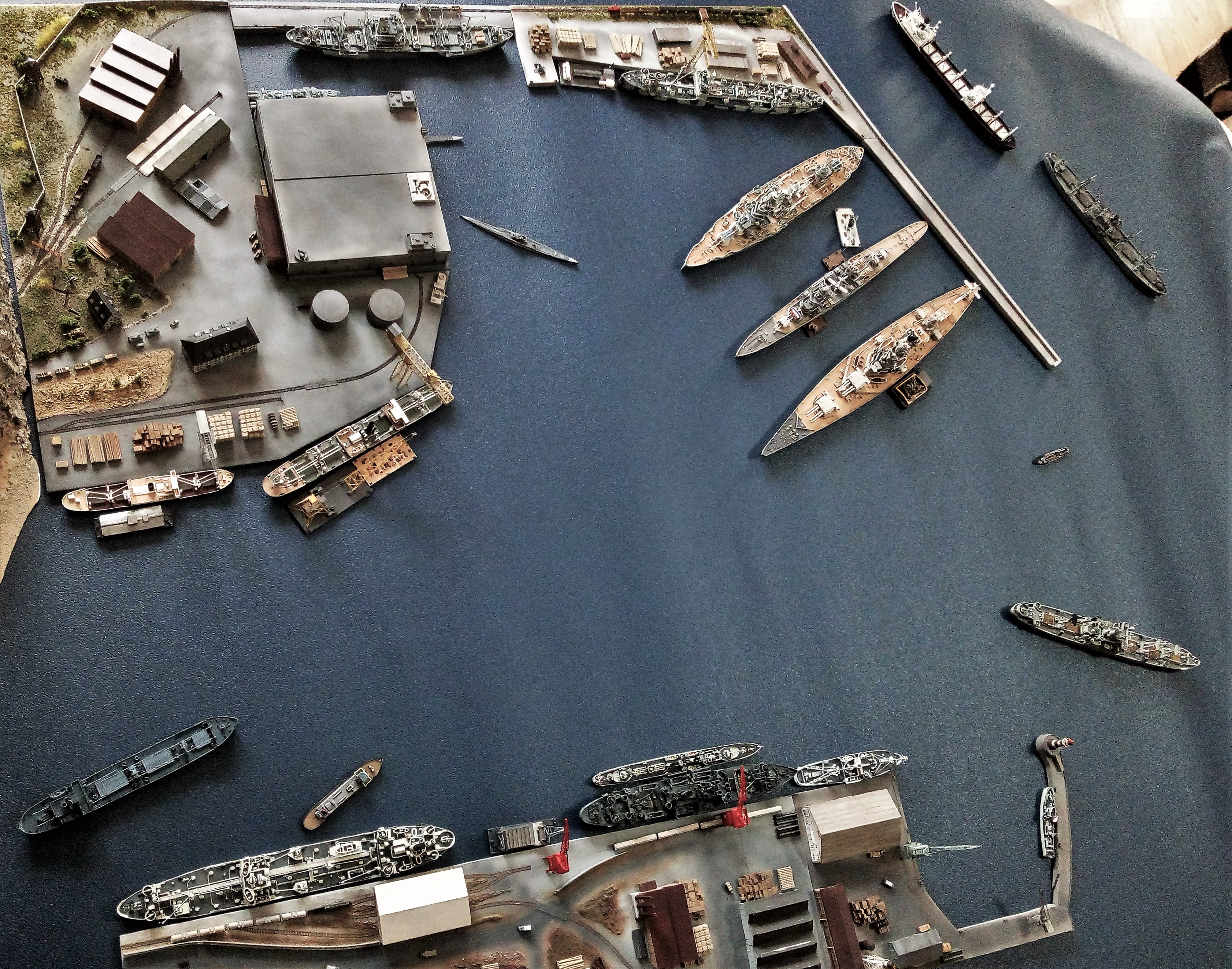 Diorama base navale 1/700 par Nesquik - Page 4 0dzCSKcE9j