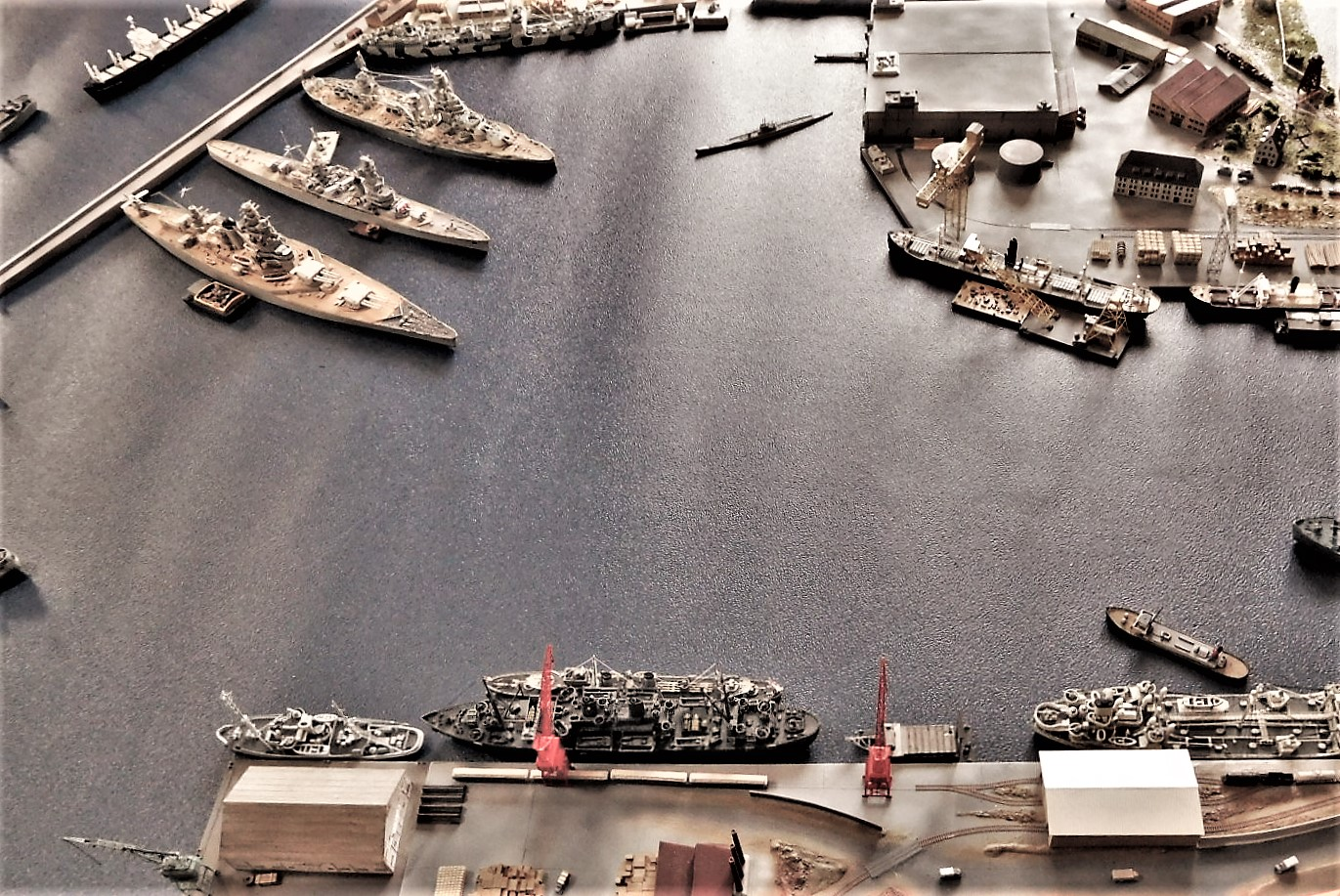 Diorama base navale 1/700 par Nesquik - Page 4 Exmu3Y