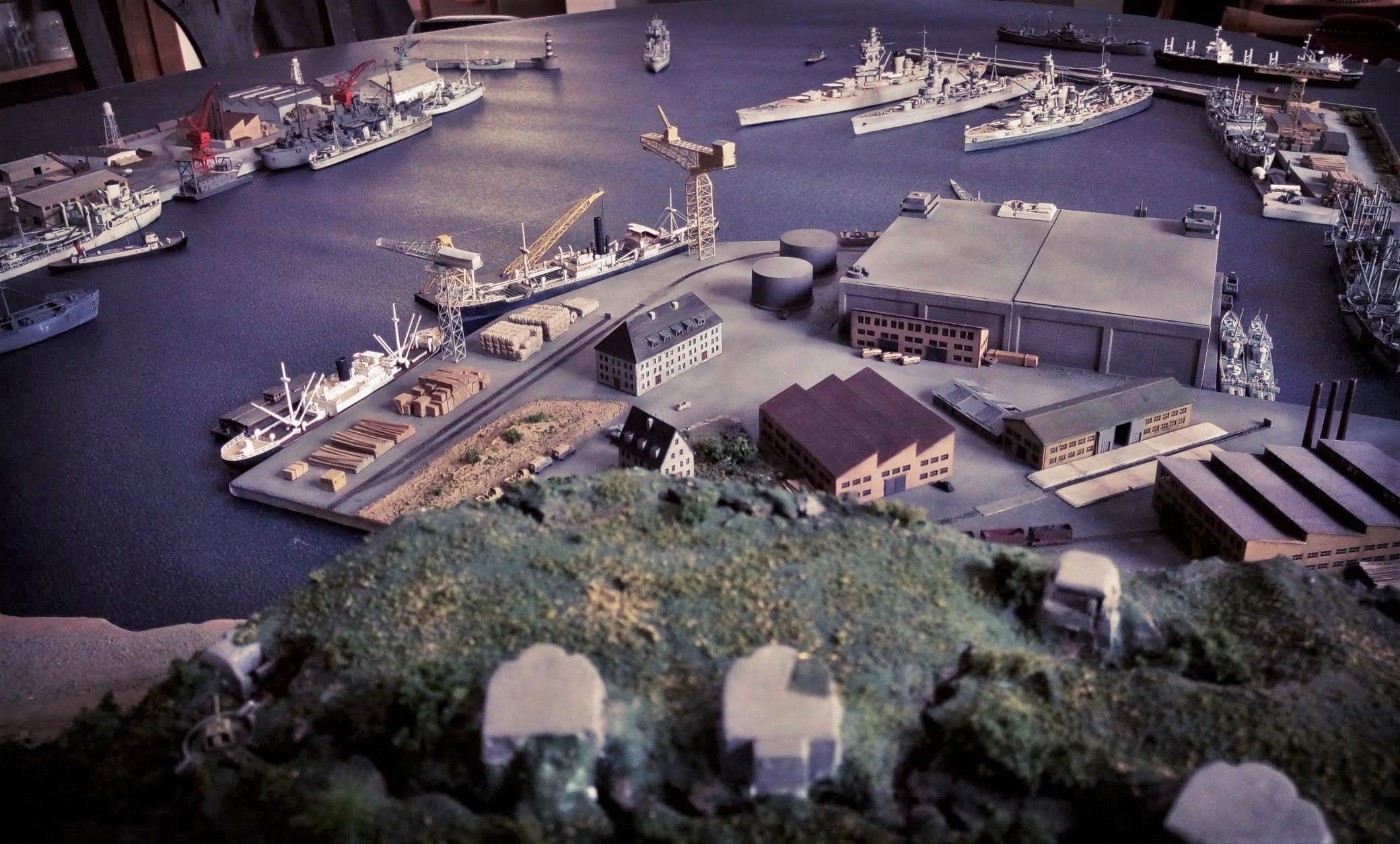 Diorama base navale 1/700 par Nesquik - Page 4 Lvn9r4Hp7
