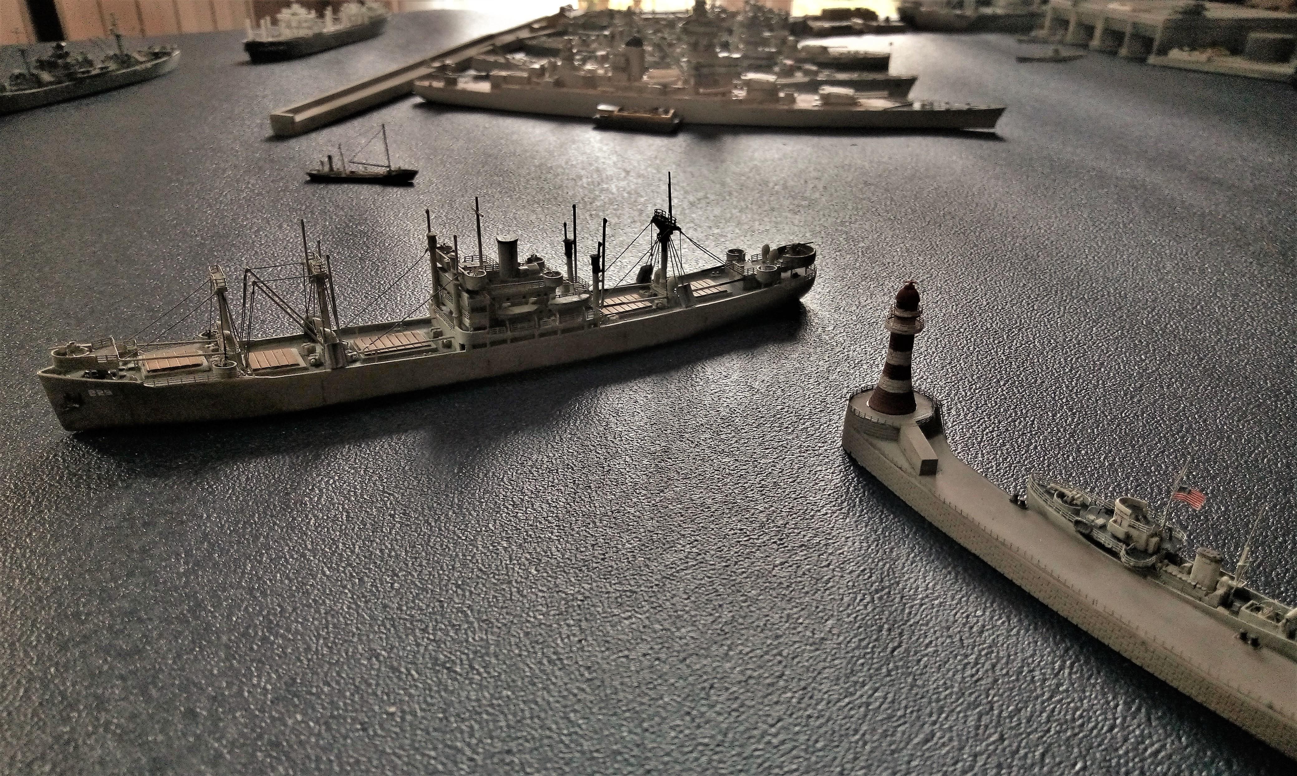 Diorama base navale 1/700 par Nesquik - Page 4 Vw26038fiS