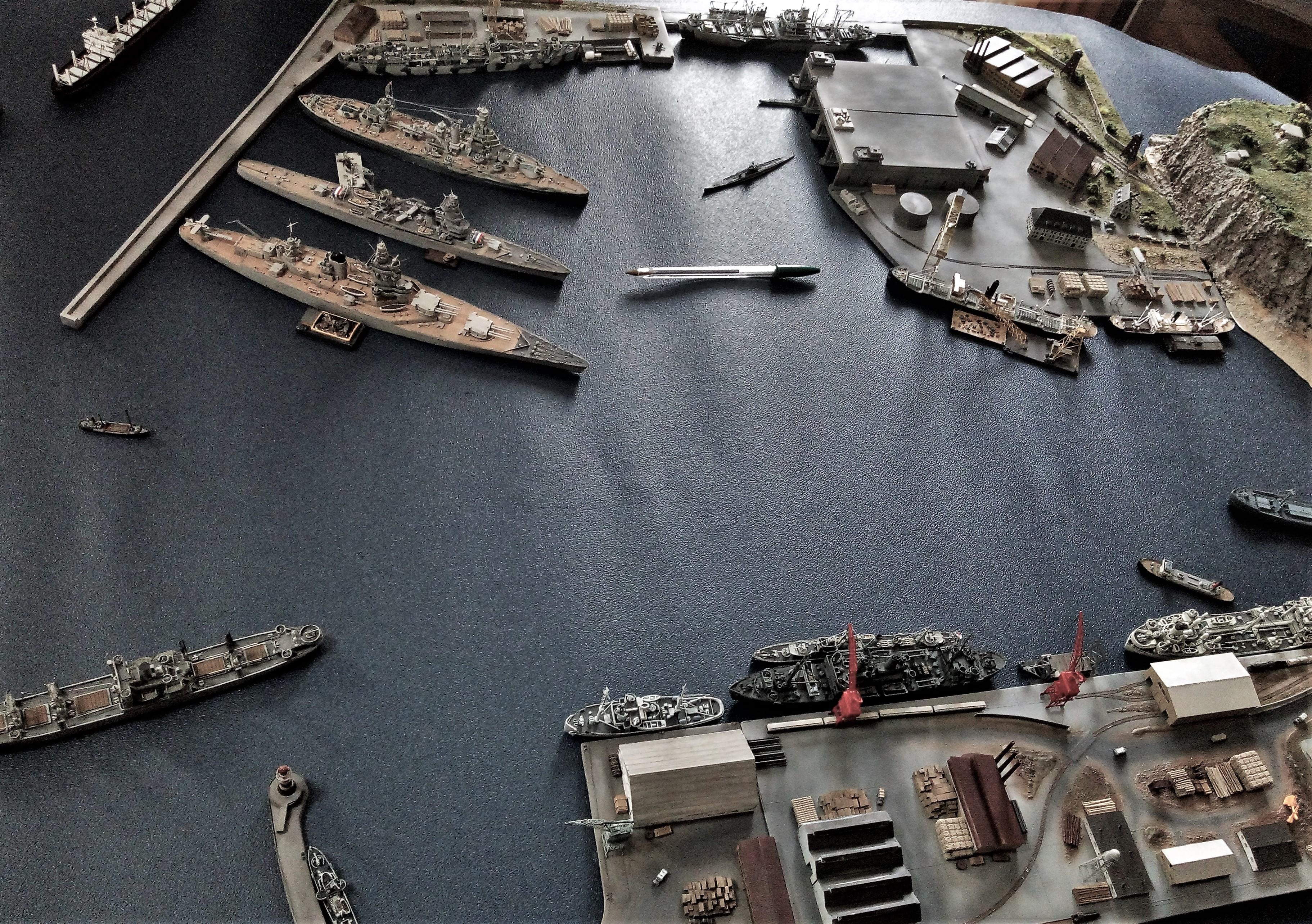 Diorama base navale 1/700 par Nesquik - Page 4 HYFcZE