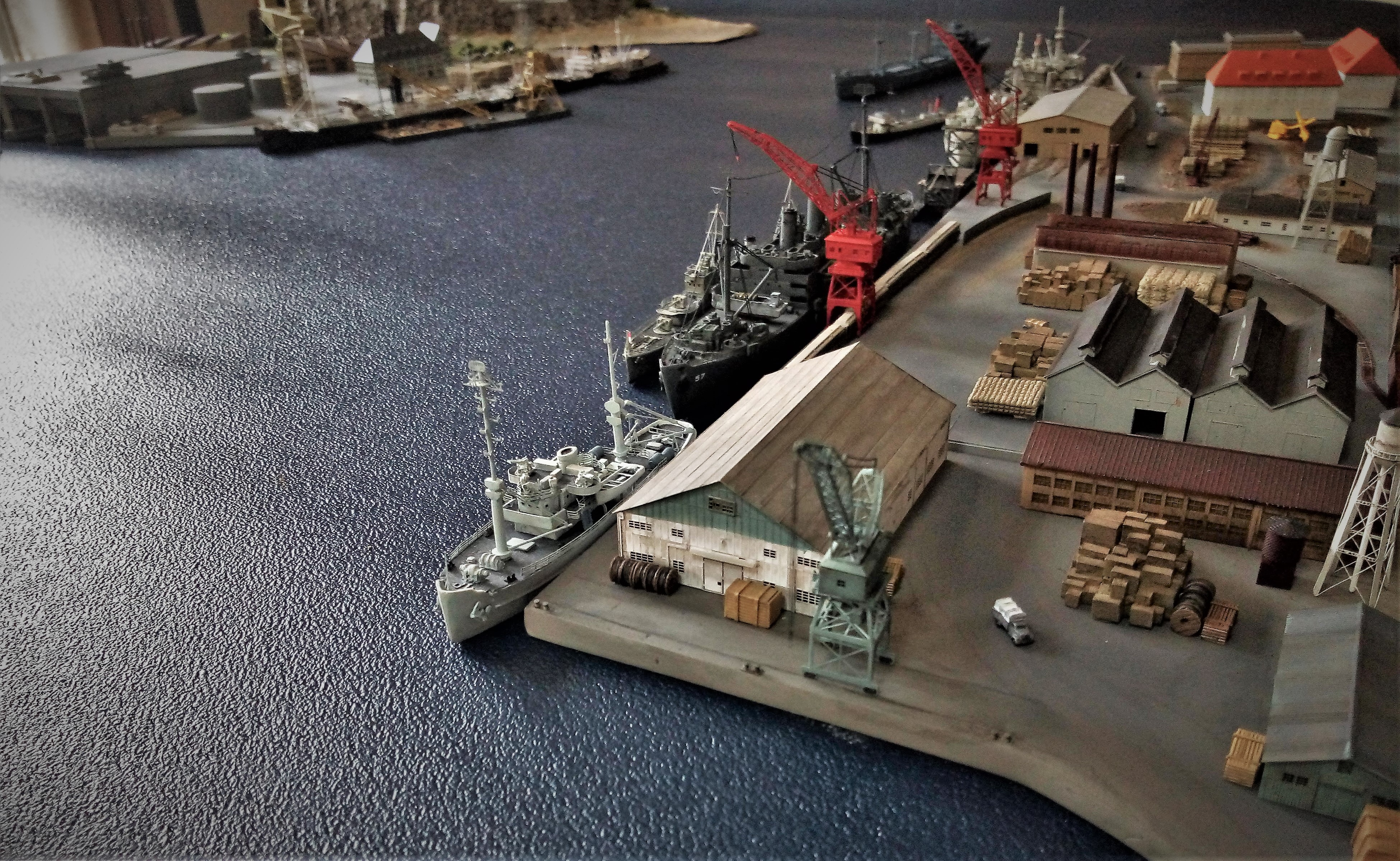 Diorama base navale 1/700 par Nesquik - Page 4 QUSnNJ7H