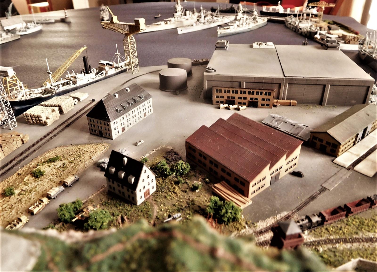 Diorama base navale 1/700 par Nesquik - Page 4 YhsV
