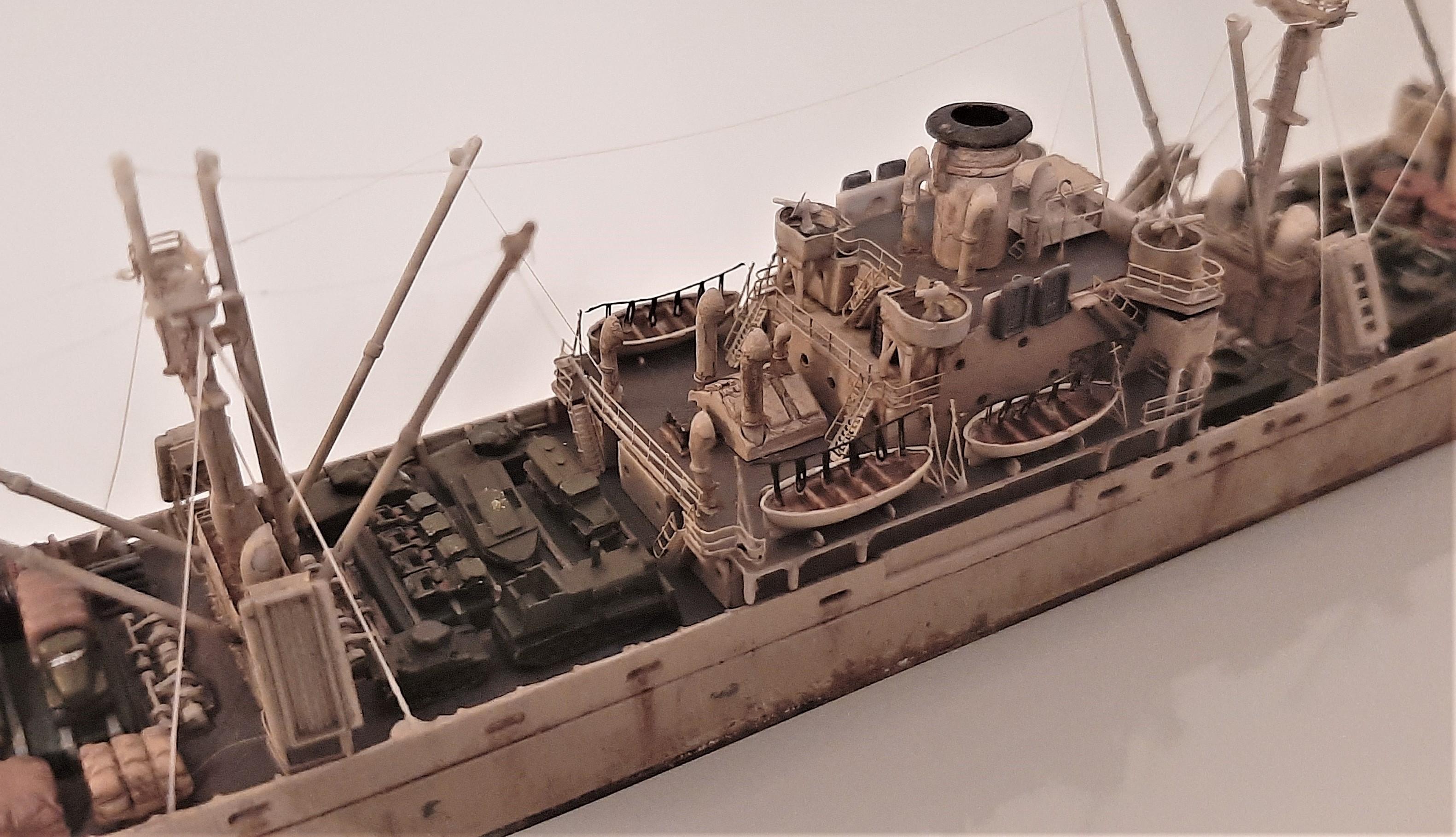 Liberty ship Jeremiah O'Brien 1/700 Trumpeter  OigW27k