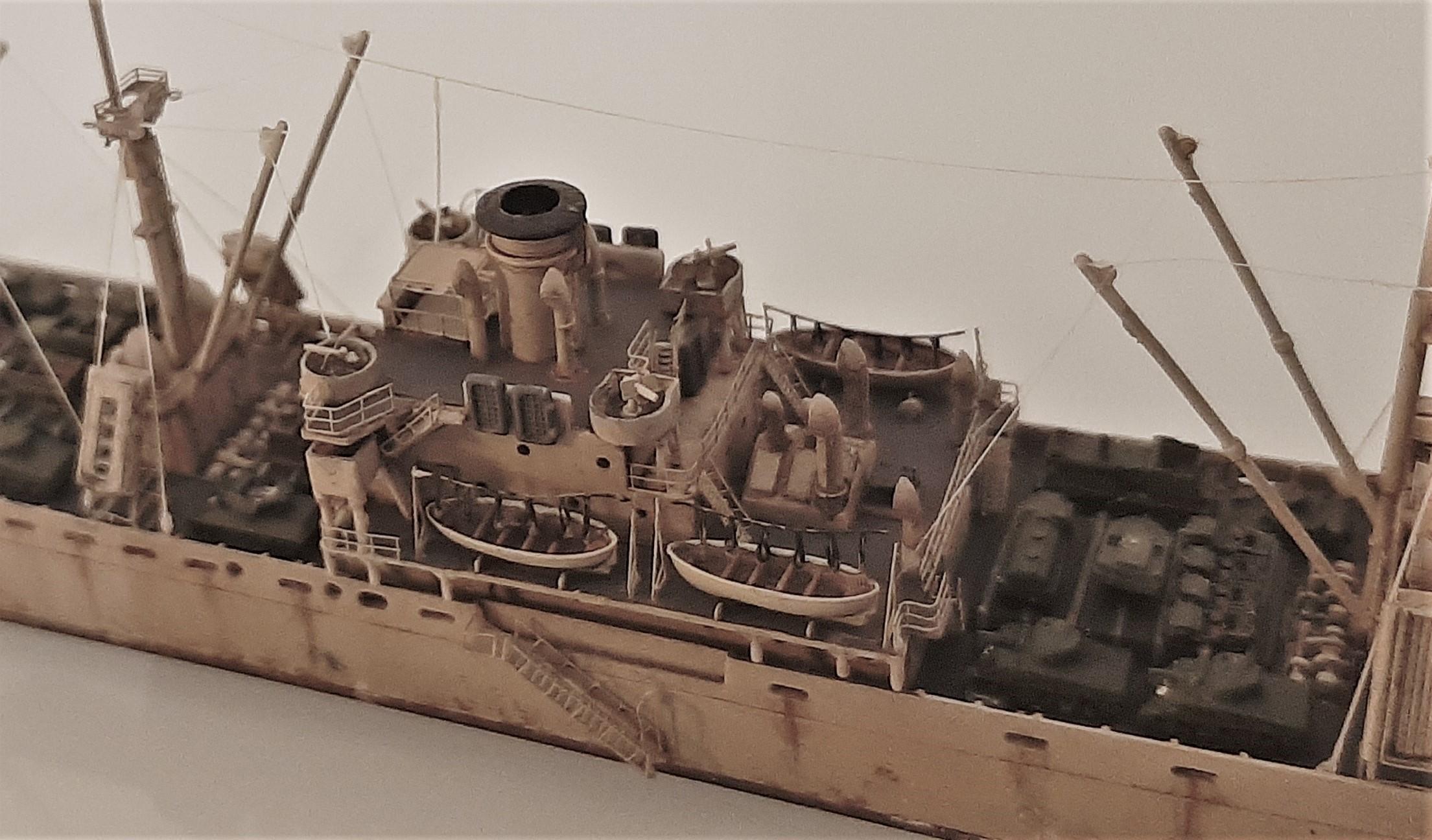 Liberty ship Jeremiah O'Brien 1/700 Trumpeter  ZY2xBHrDt