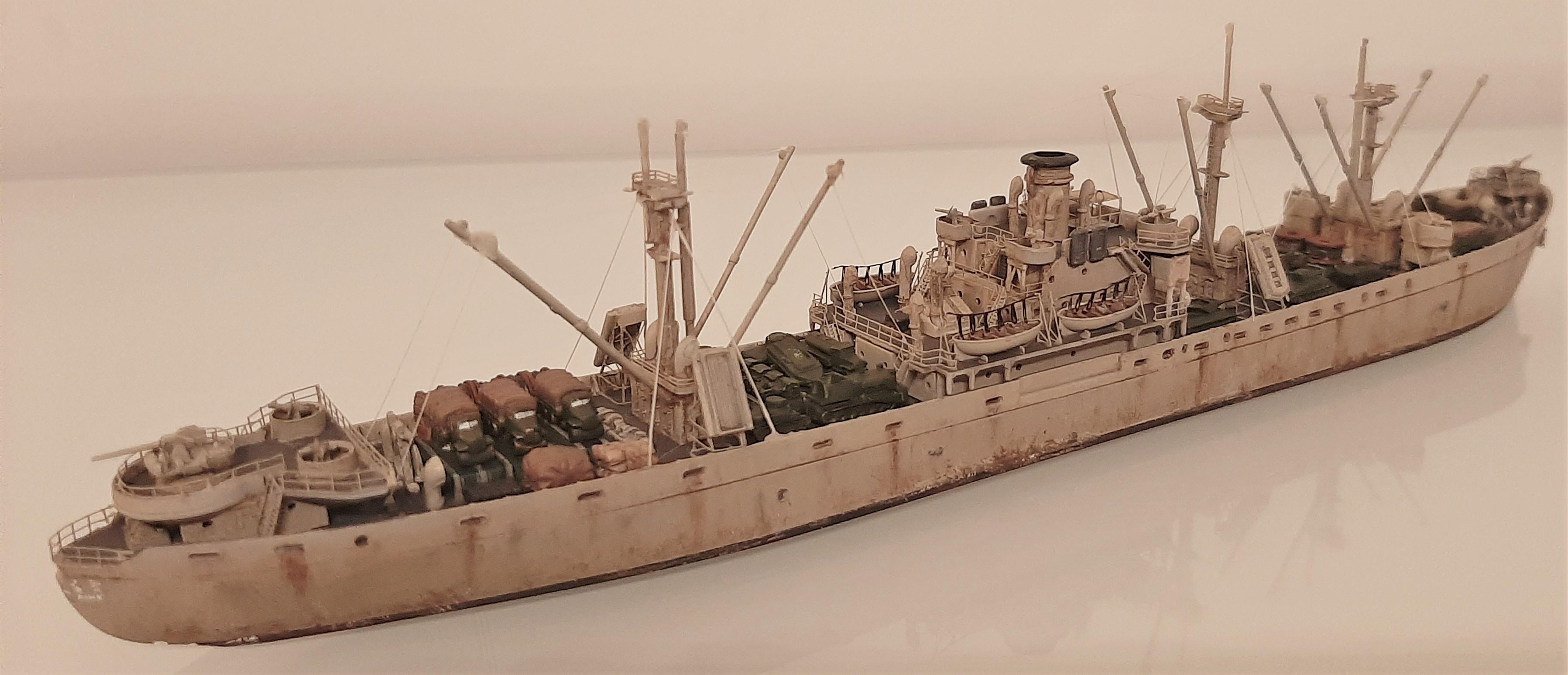 Liberty ship Jeremiah O'Brien 1/700 Trumpeter  BLWglyxe