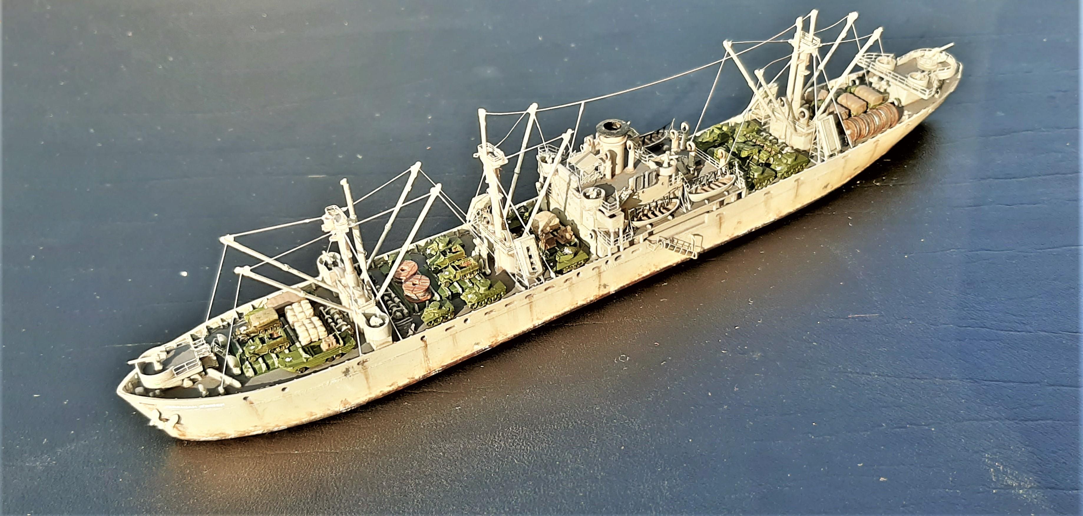 Liberty ship Jeremiah O'Brien 1/700 Trumpeter  KN1B3e