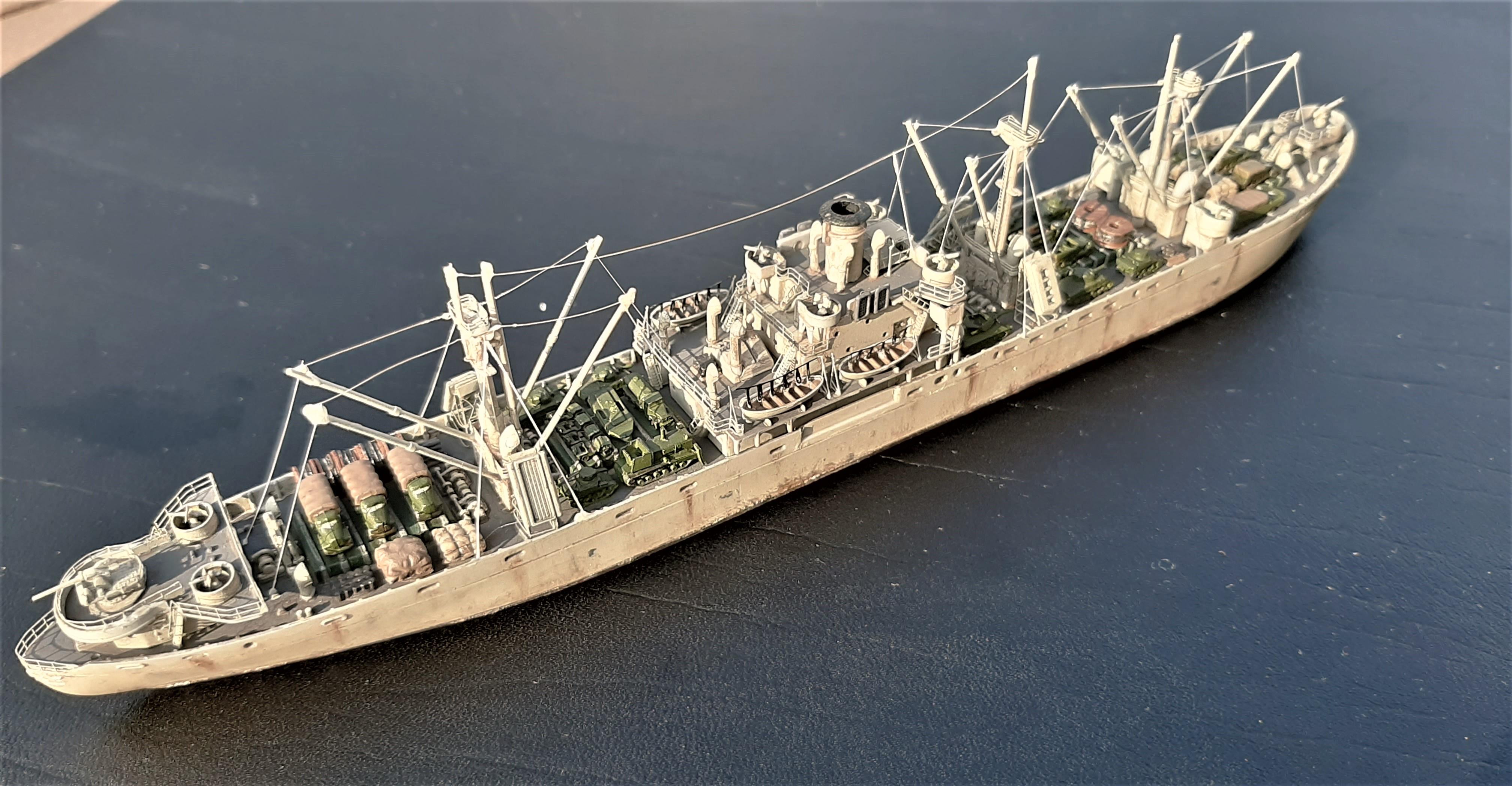 Liberty ship Jeremiah O'Brien 1/700 Trumpeter  ZIHyk1R