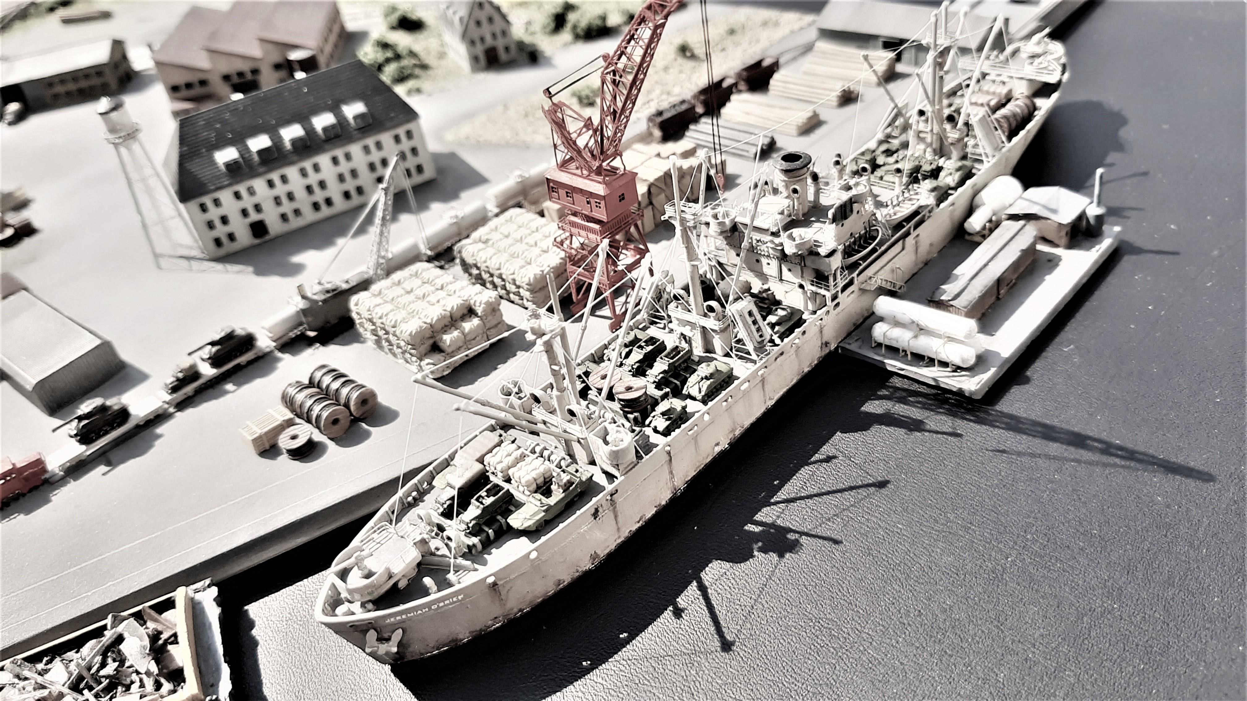 Liberty ship Jeremiah O'Brien 1/700 Trumpeter  Q2xTSEnwz