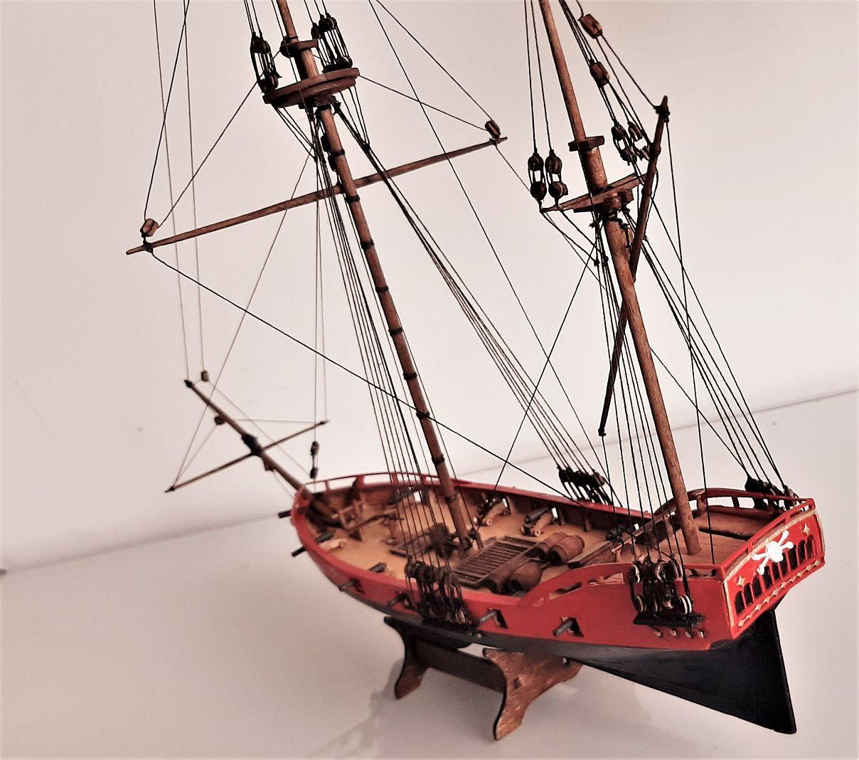 Galiote du pirate Rackham Le Rouge 1/100 (Tintin - le secret de la licorne) 2WMOkl