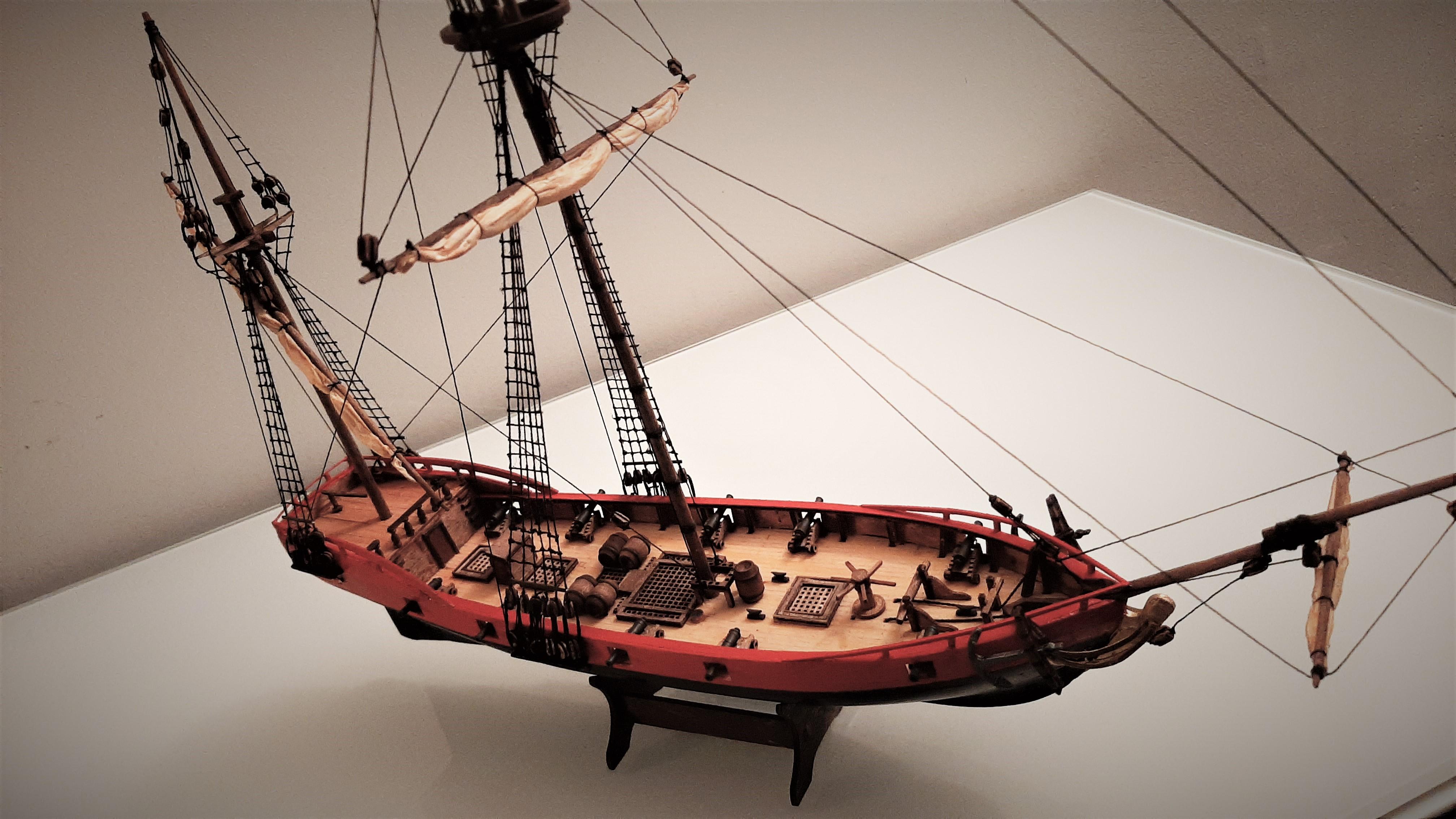 Galiote du pirate Rackham Le Rouge 1/100 (Tintin - le secret de la licorne) 0LuW5ByGQ