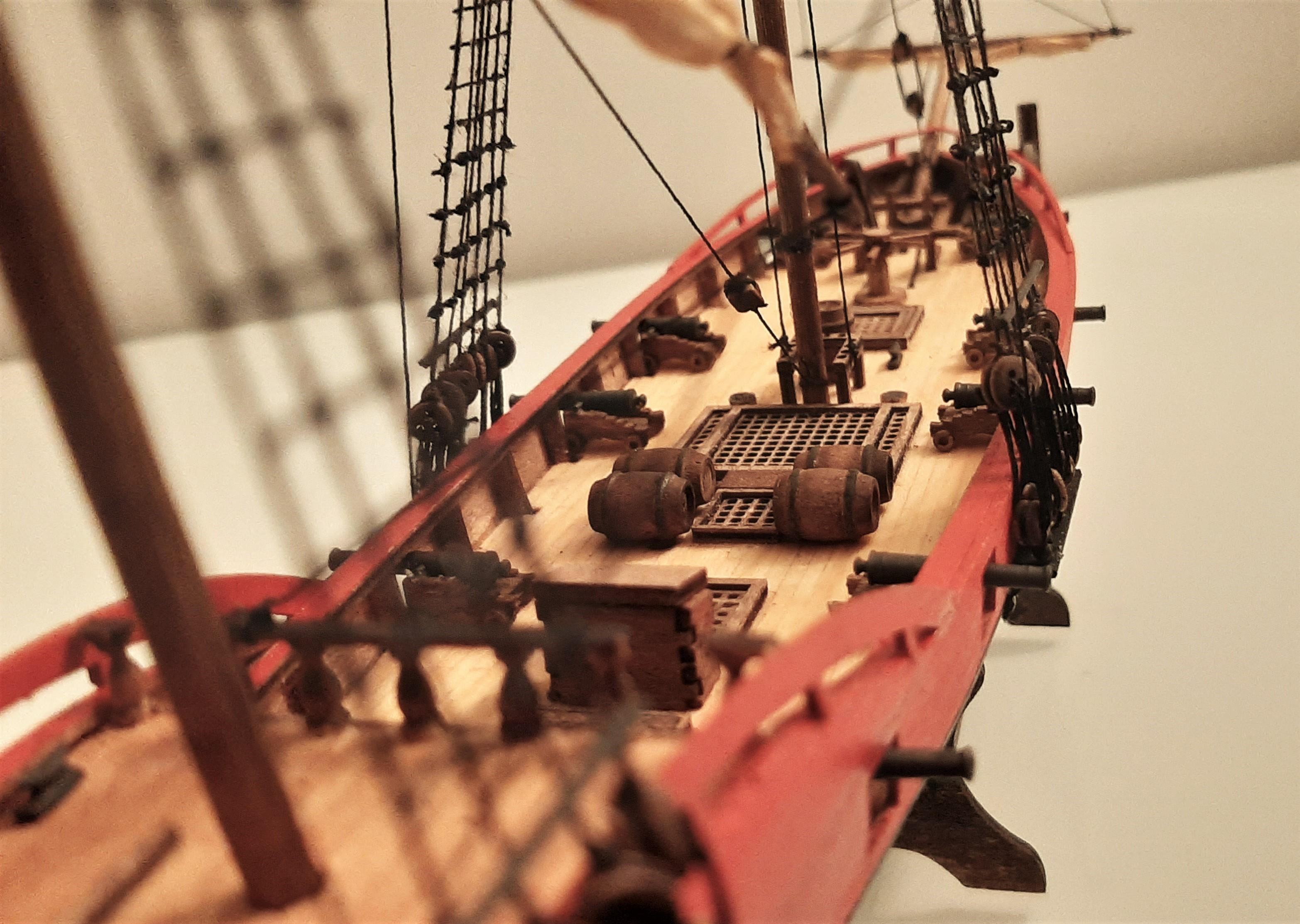 Galiote du pirate Rackham Le Rouge 1/100 (Tintin - le secret de la licorne) 1jq9svcV