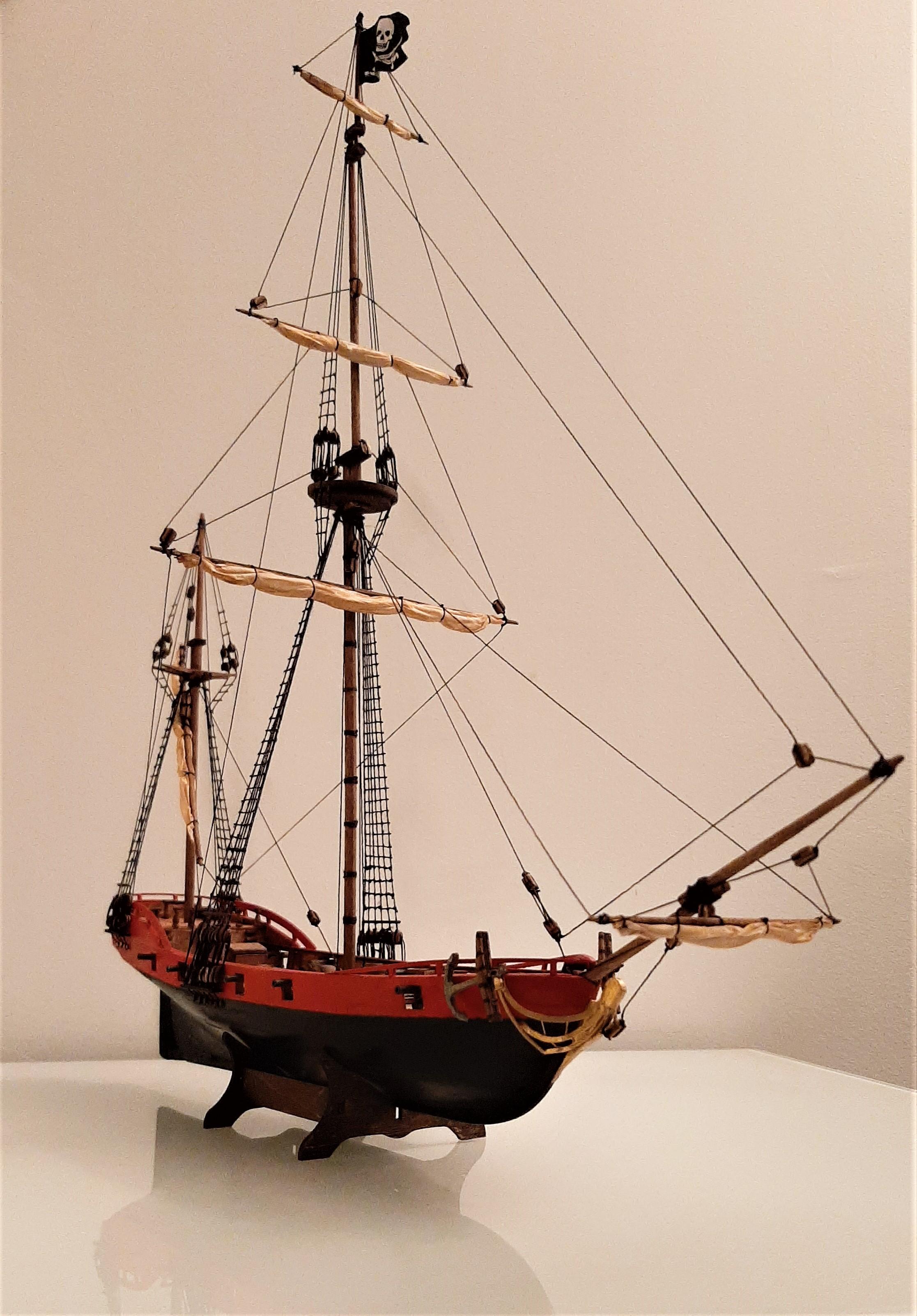 Galiote du pirate Rackham Le Rouge 1/100 (Tintin - le secret de la licorne) 40nixd6a