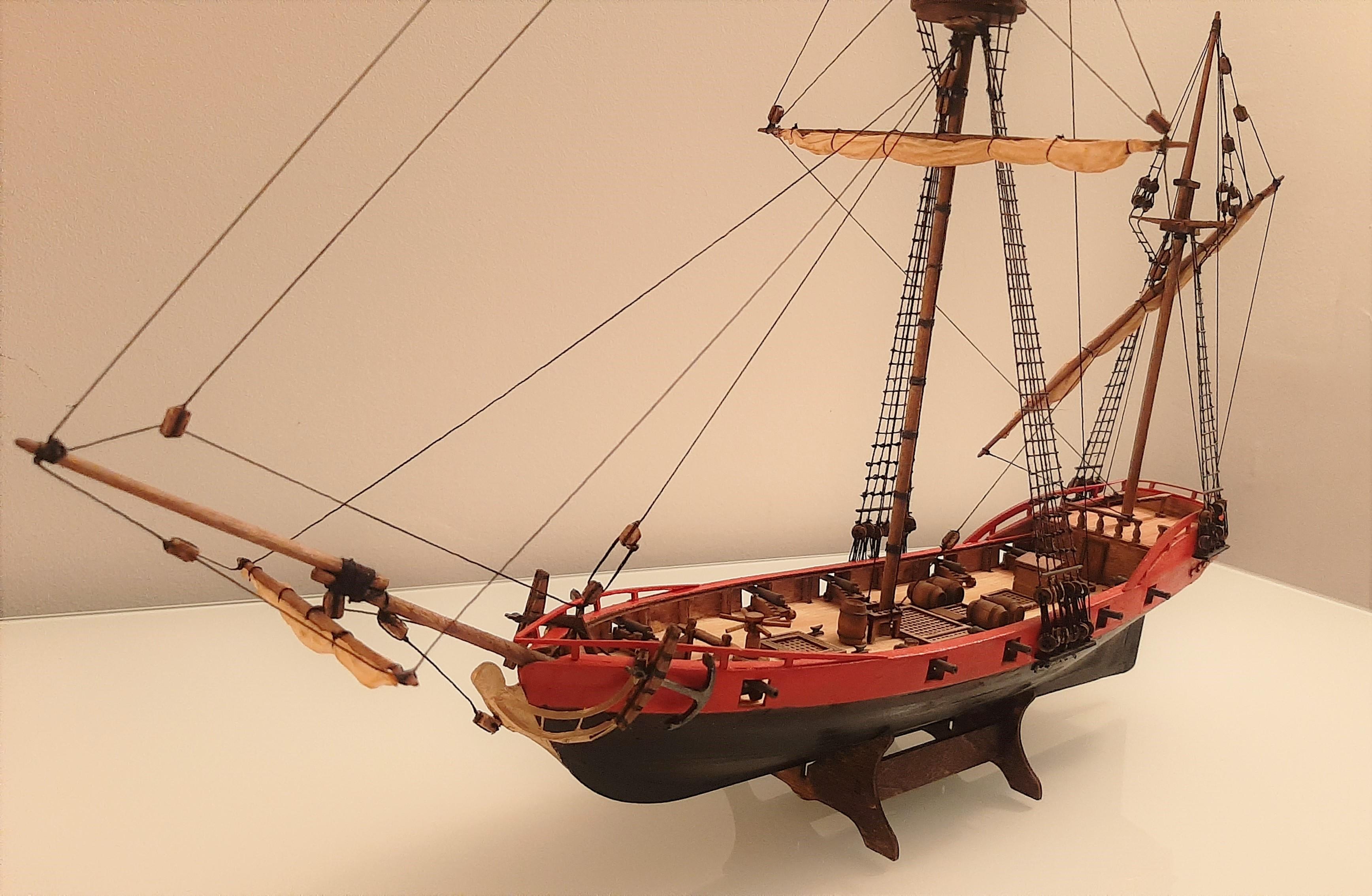 Galiote du pirate Rackham Le Rouge 1/100 (Tintin - le secret de la licorne) KqX8aOU