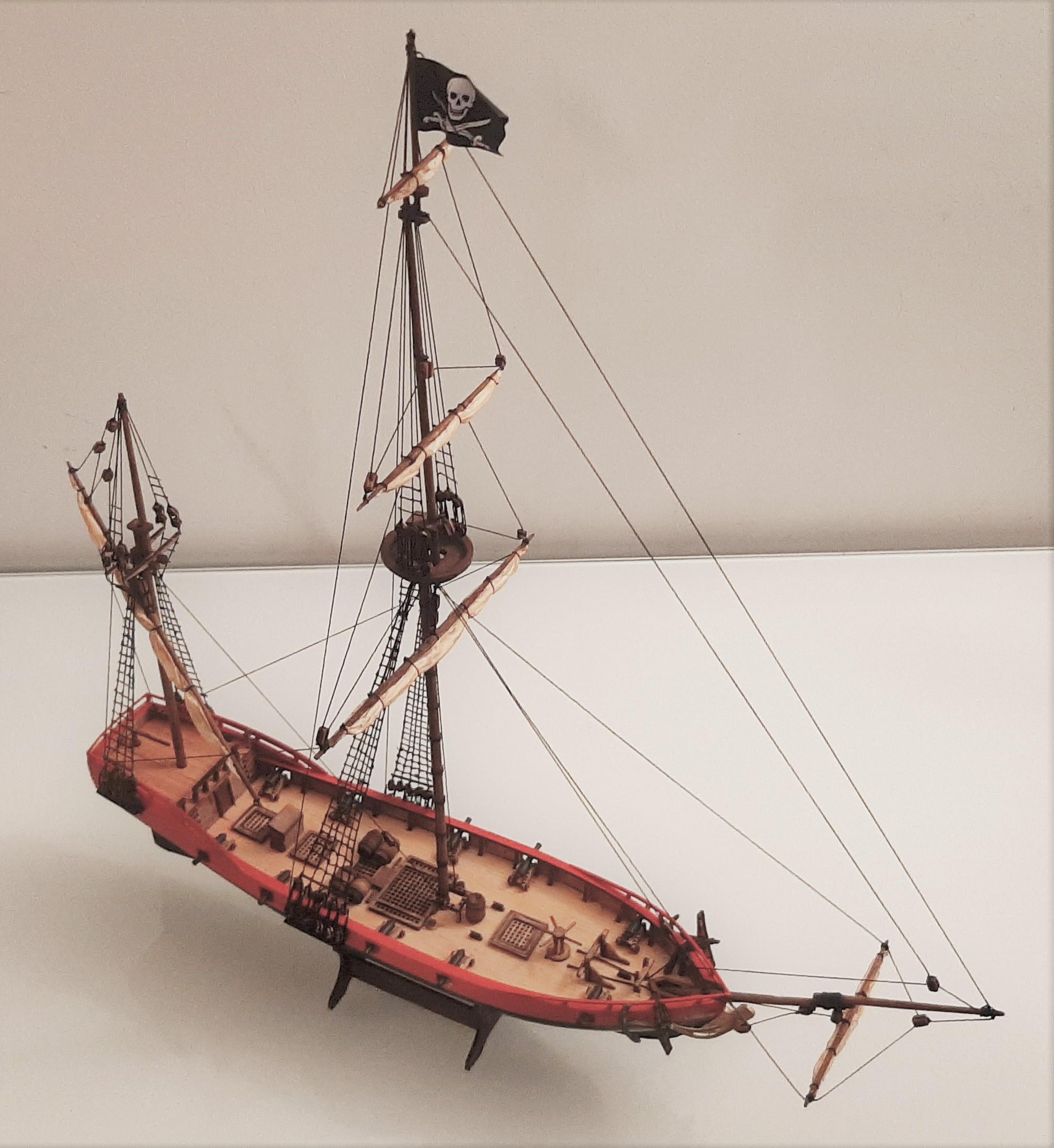 Galiote du pirate Rackham Le Rouge 1/100 (Tintin - le secret de la licorne) W9fe8