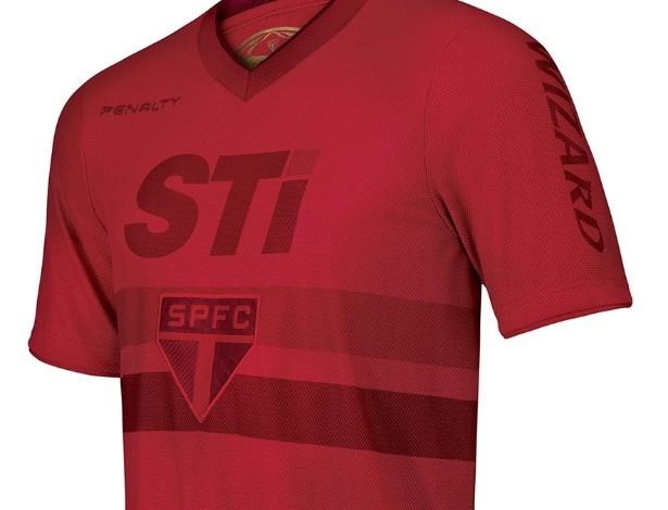Estaduais 2013. - Página 2 Sao-paulo-veste-uniforme-todo-vermelho-conforme-campanha-vermelho-a-cor-da-raca-do-marketing-tricolor-1367186978336_615x470